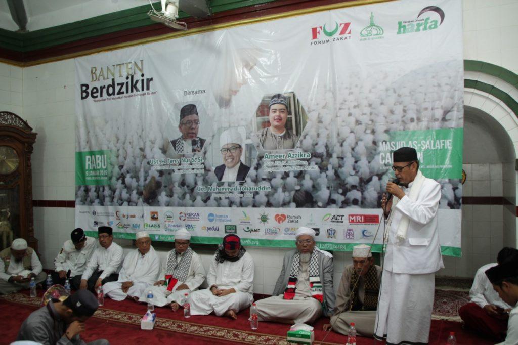Laz Harfa Gelar Banten Berdzikir