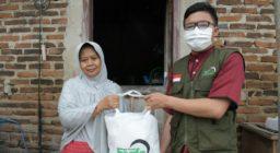 Terus Salurkan Kepedulian, LAZ Harfa dan Yayasan Bina Insani Cahaya Abadi Bagikan 265 Paket Sembako